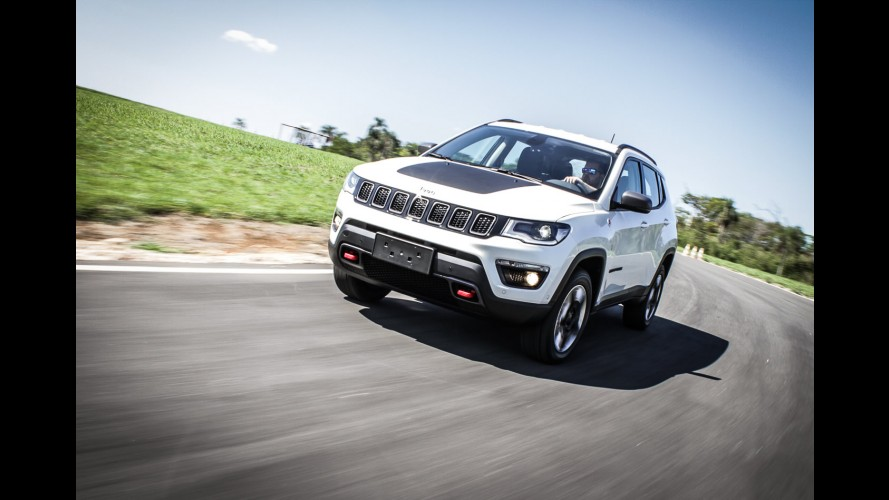 Semana CARPLACE: Salão de Paris, sucessor do Punto chegando, Jeep Compass e mais