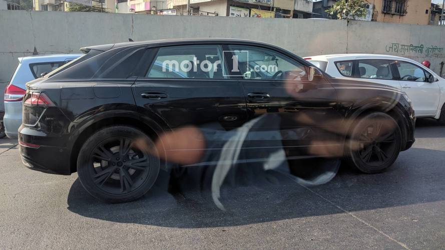Motor1.com Reader Captures The Audi Q8 In India