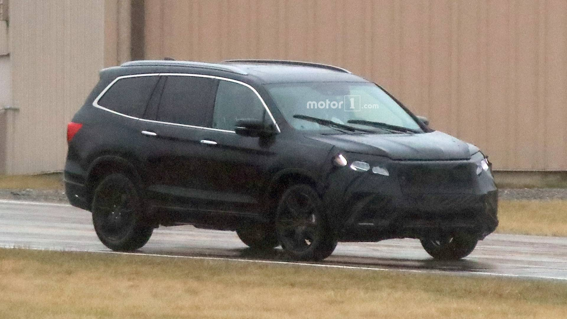 2019 Honda Pilot Spied For First Time With New Face