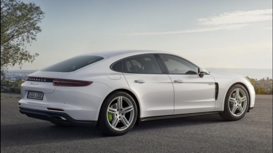 [Copertina] - Nuova Porsche Panamera 4 E-Hybrid, fino a 50 km in elettrico [VIDEO]
