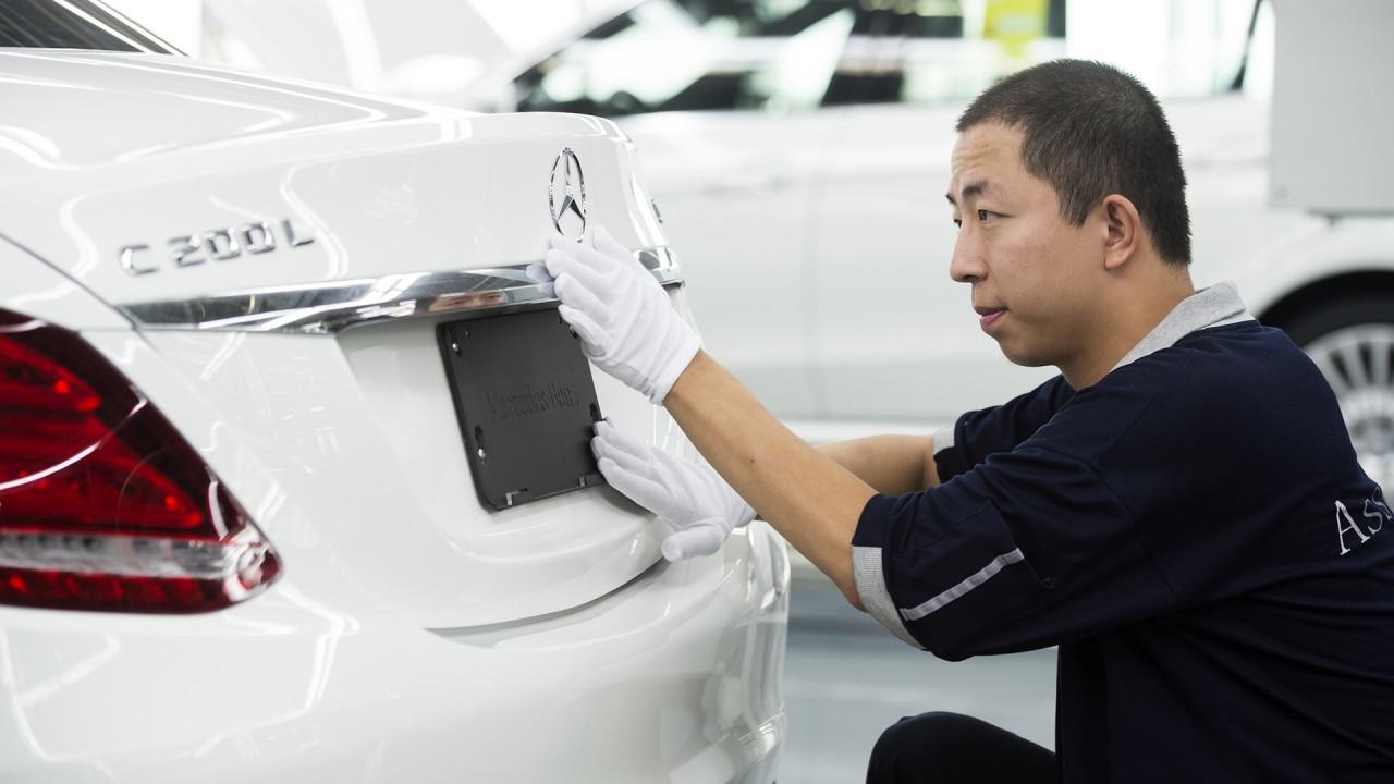 [Copertina] - Daimler (Mercedes) e Geely: i primi azionisti ora parlano cinese