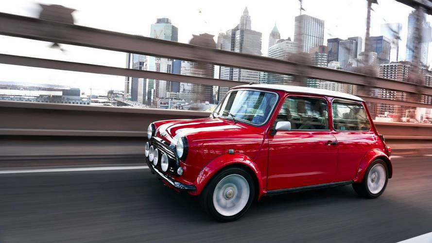 Mini Unveils Classic Cooper With Electric Power For New York