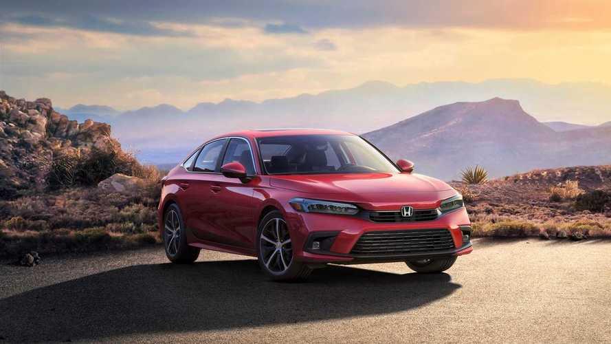 Honda, yeni Civic Sedan'ın üretime hazır hâlini gösterdi!