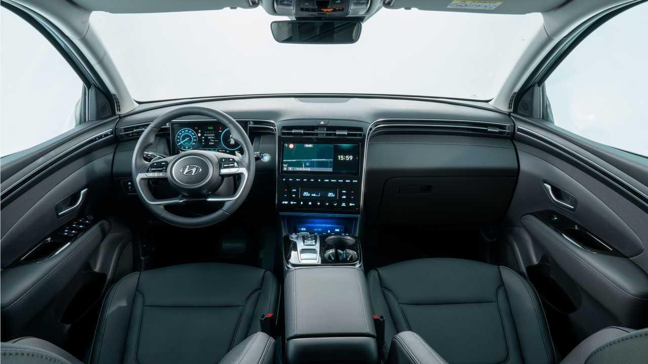 Hyundai Tucson ibrida plug-in, la prova su strada