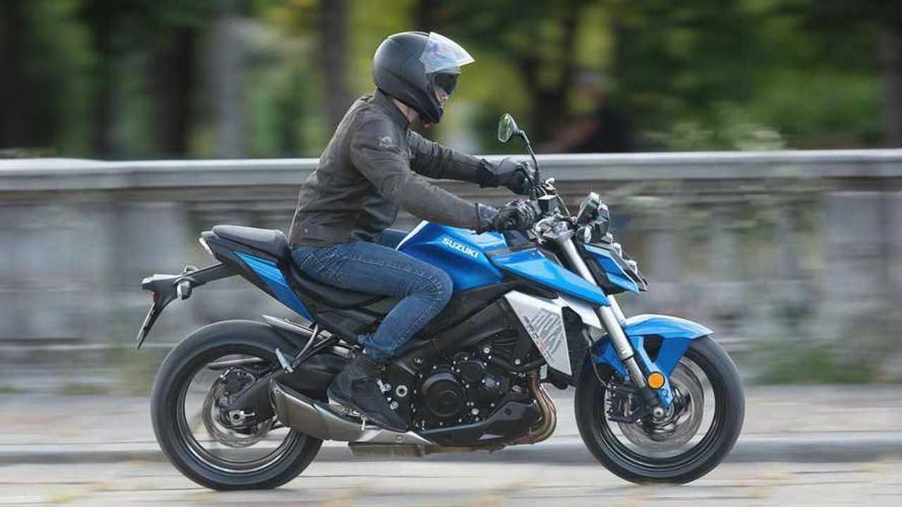 2022 Suzuki GSX-S950 - Right Side Riding