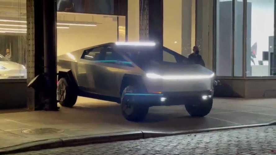 Tesla Cybertruck New York'ta görüntülendi!