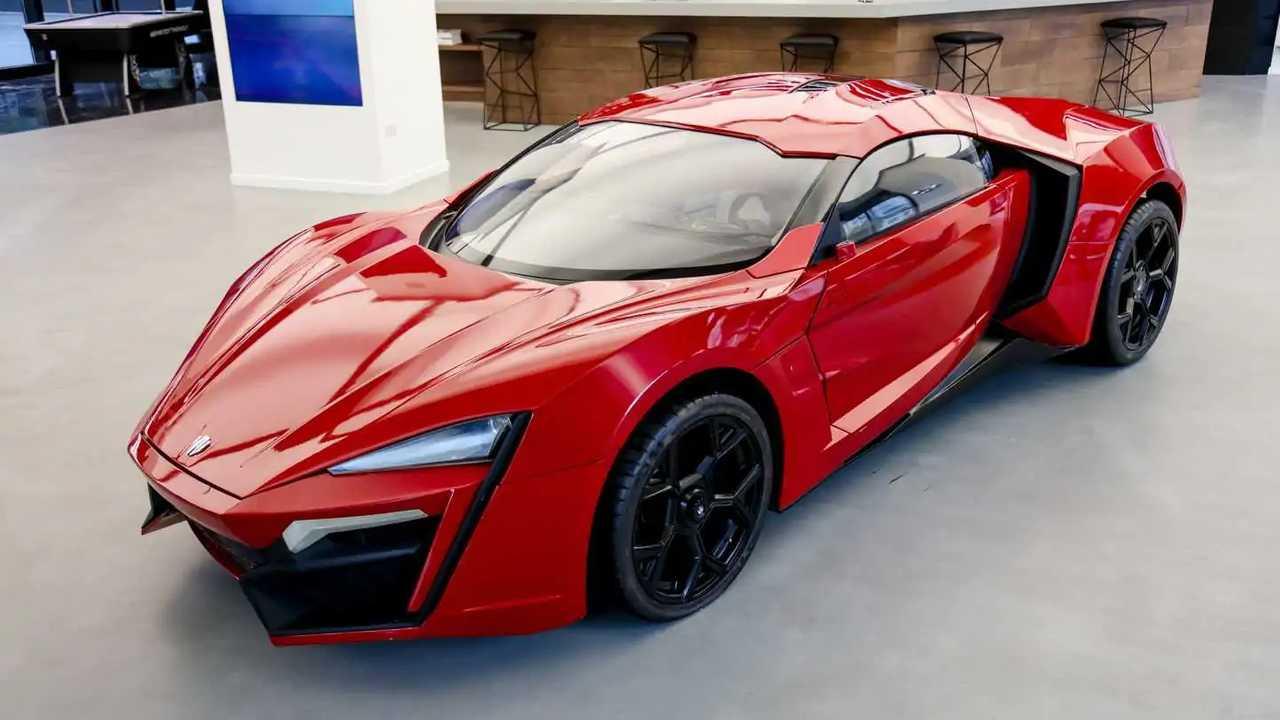 W Motors Lykan HyperSport stunt auto in vendita