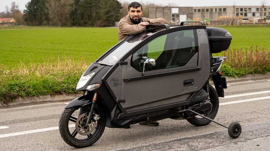 Watch A Kymco 125cc Scooter Turn Into A Metal Motopod