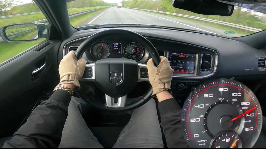 Dodge Charger fake police car goes flat-out on the Autobahn