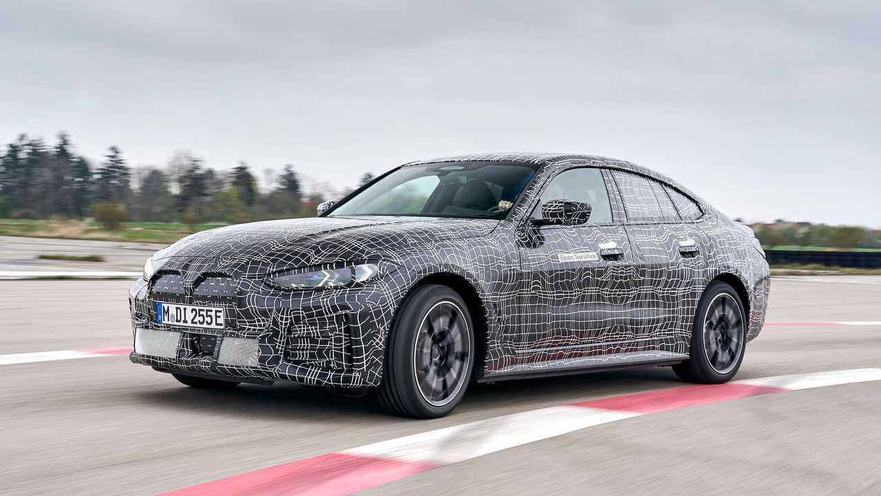 Der neue BMW i4 M50 tritt zum Vorserien-Test an