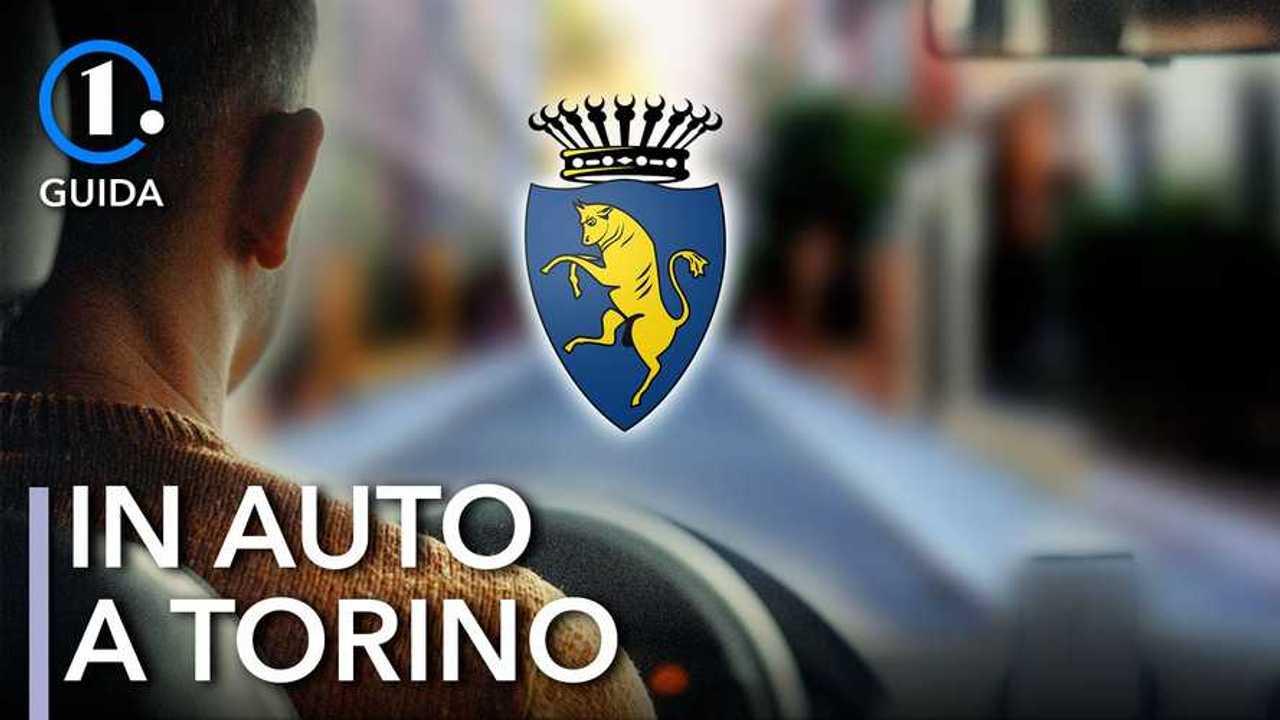 Copertina-in-auto-a-Torino