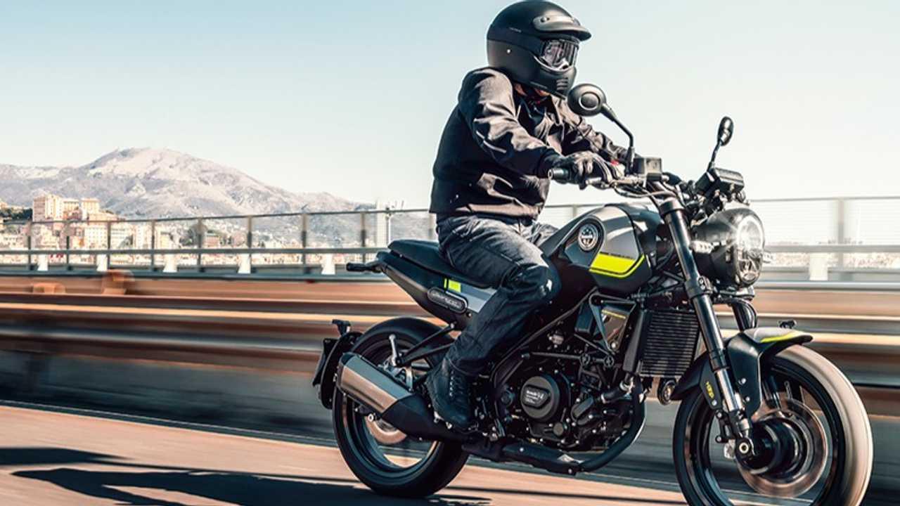 The Benelli Leoncino 250 Is A Stylish Beginner-Friendly Bike