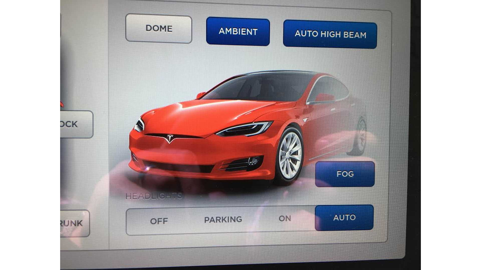 Tesla Is Delivering Updated Model S Without Daytime Running