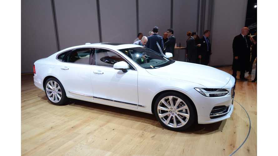 Volvo S90 T8 Twin Engine At 2016 NAIAS - Photos & Videos