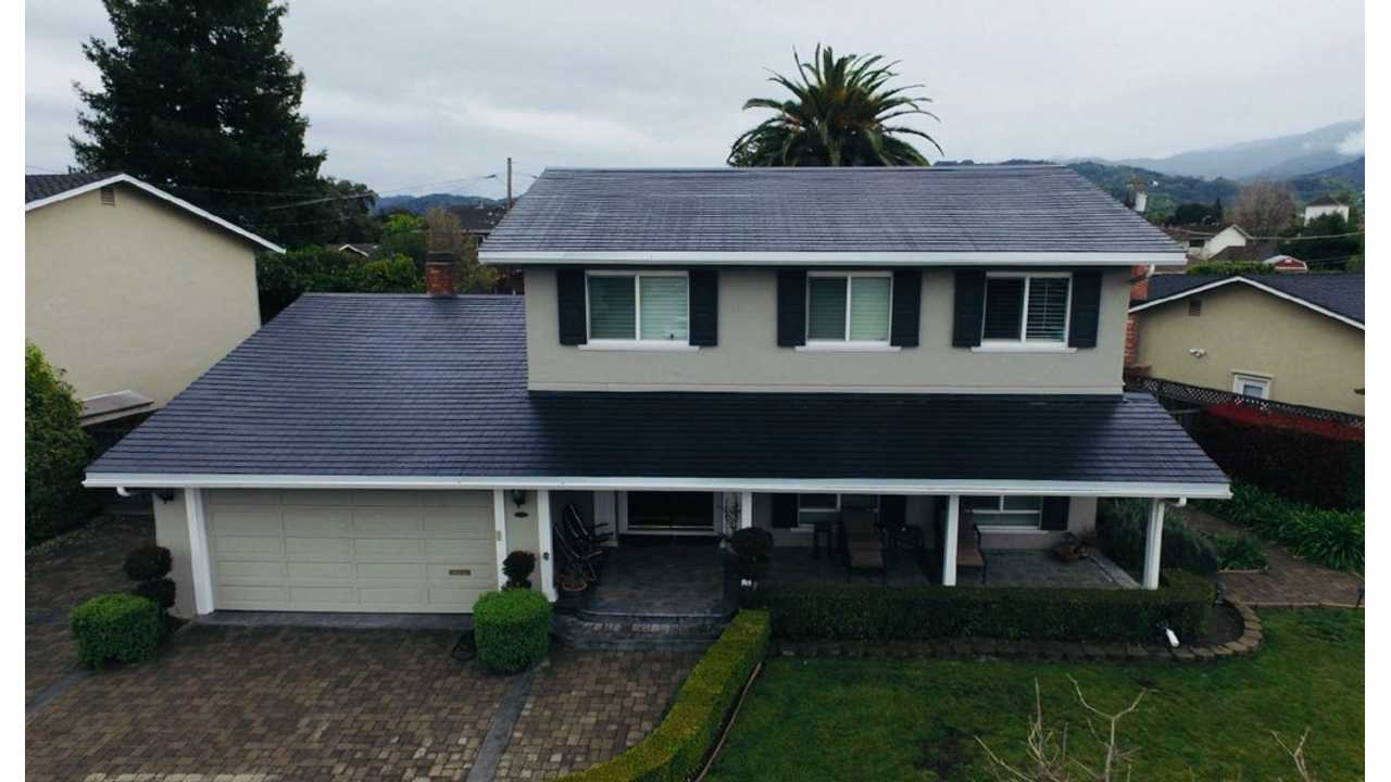 Tesla Solar Roof Easiliy Handles House And Two EVs - User Example