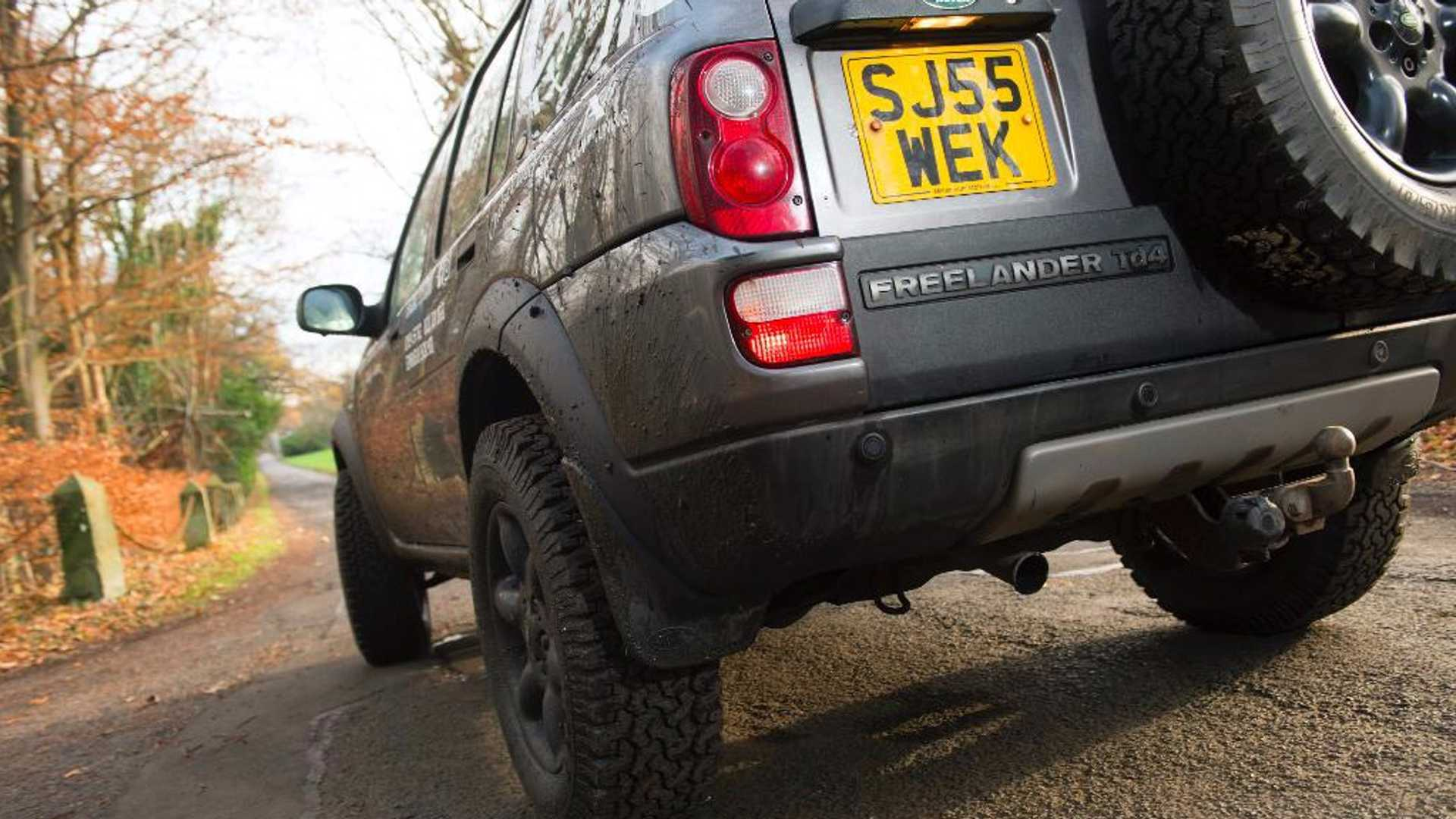 """[""""Is the Land Rover Freelander a modern classic?""""]"""