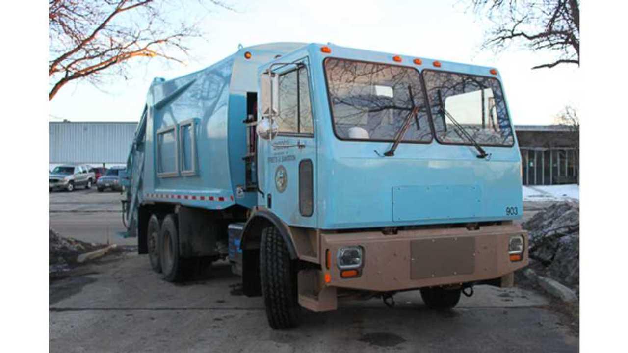motiv plug-in garbage truck