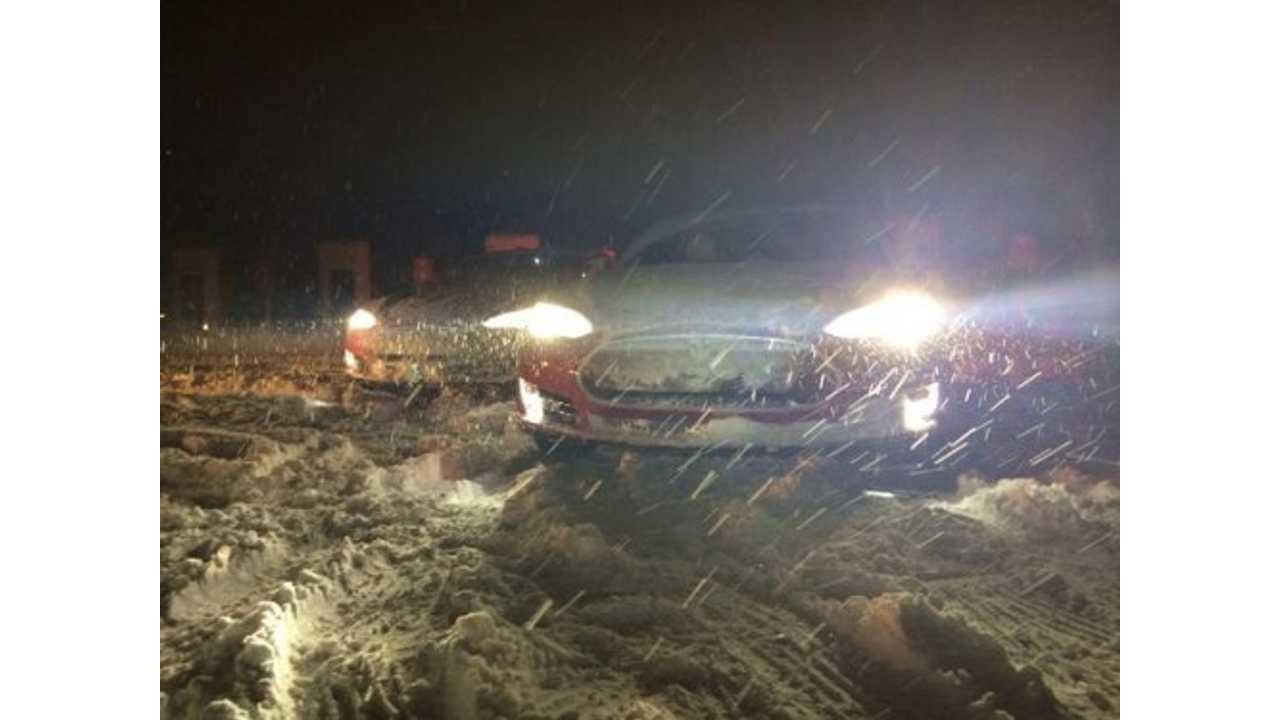 Winter Accident In Winnipeg Leaves Tesla Model S Owner Dead