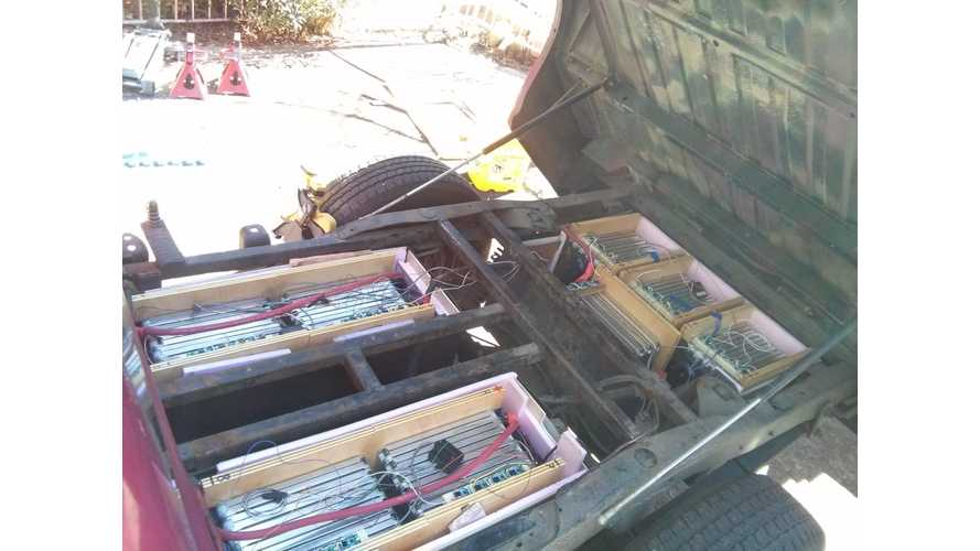 Putting Nissan LEAF Battery Modules Into A Chevrolet S-10 Truck - Video