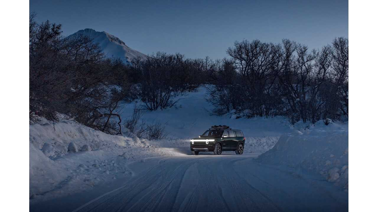 UPDATE: Rivian R1S Electric SUV Keeps On Rolling In Sub-Zero Temps