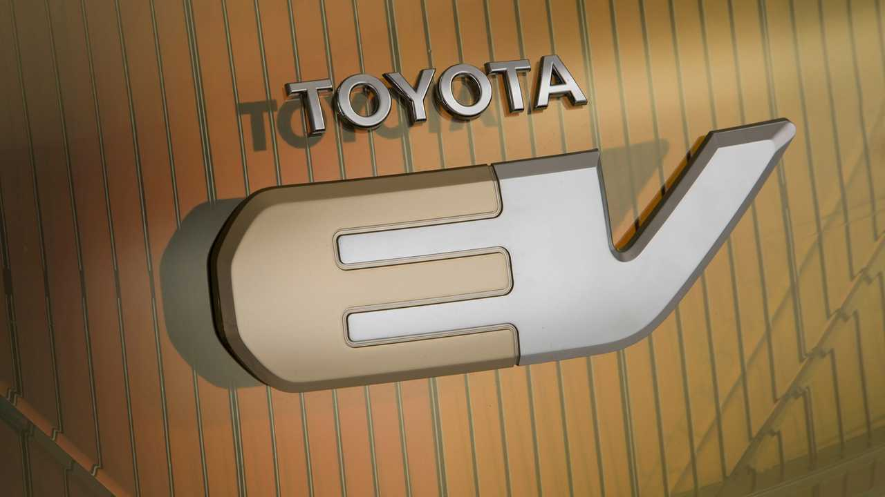 Toyota Takes Steps Toward Its Electric-Car Future