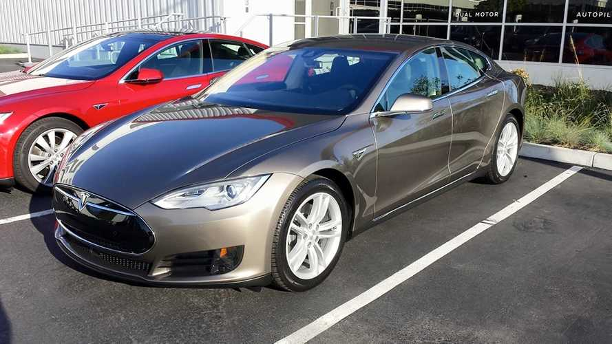 Automobile Magazine Test Drives Tesla Model S 70D