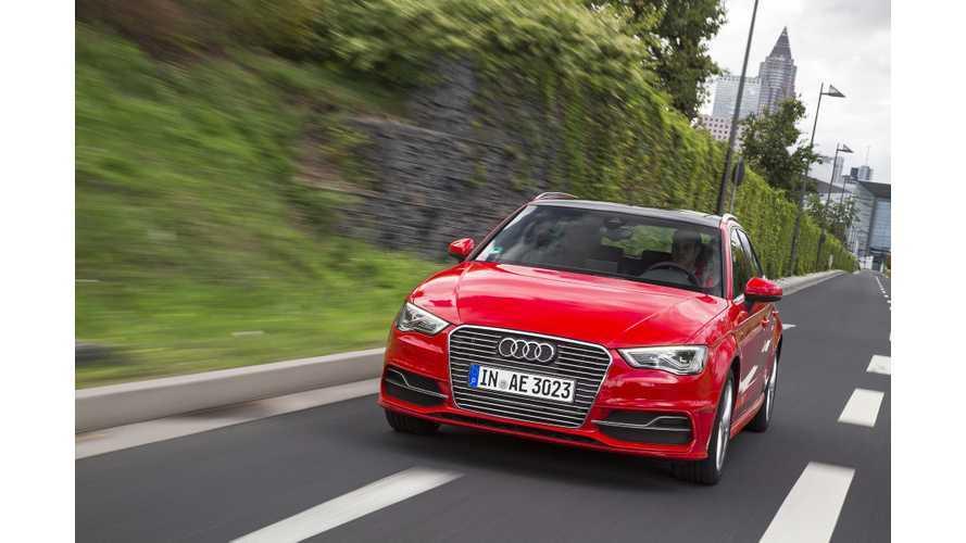 Audi A3 e-tron At 2016 NAIAS - Video