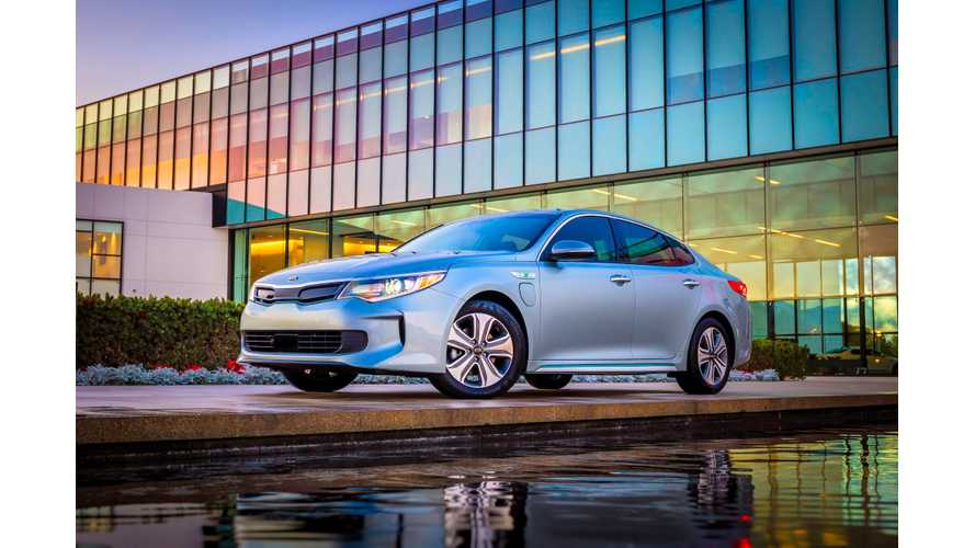 Kia Optima Plug-In Hybrid Debuts In Chicago (w/video)