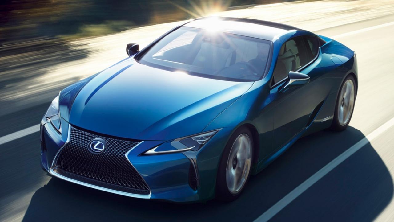 [Copertina] - Lexus LC Structural Blue Edition, come le ali di una farfalla