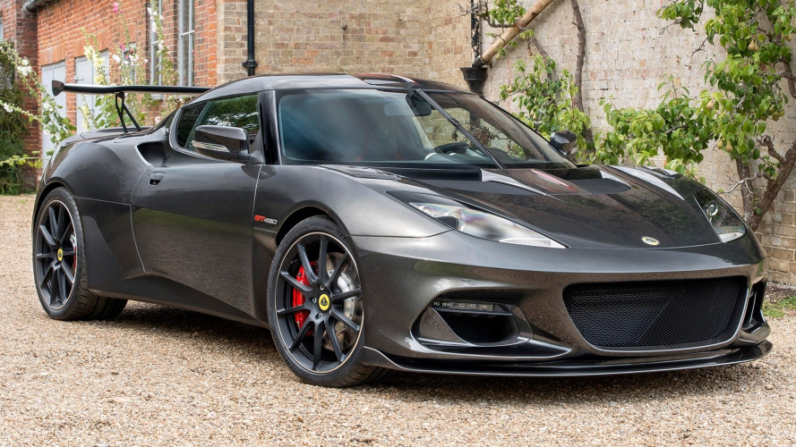 Lotus Evora GT430, potente e incollata all'asfalto