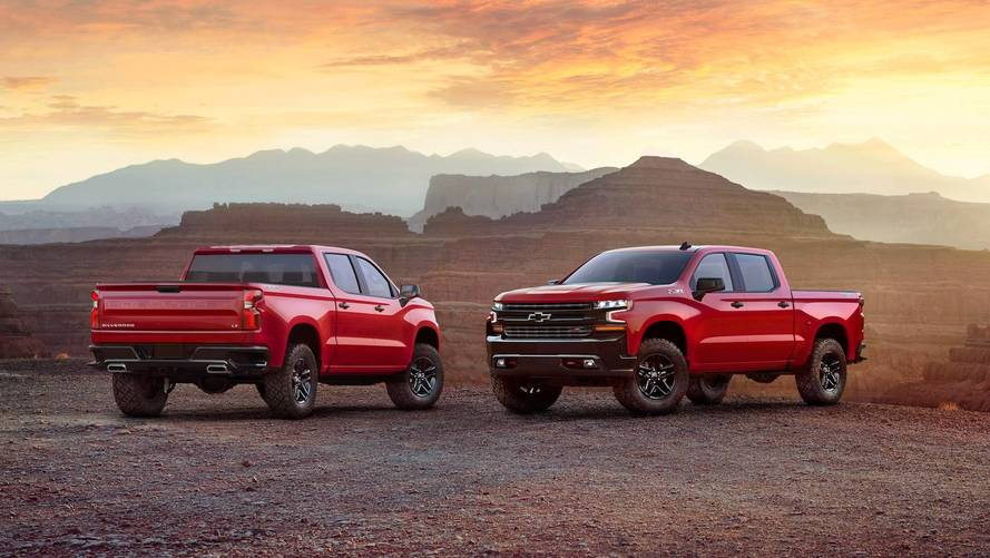 Chevy Silverado Trailboss Stalls On Ice At Hockey Game