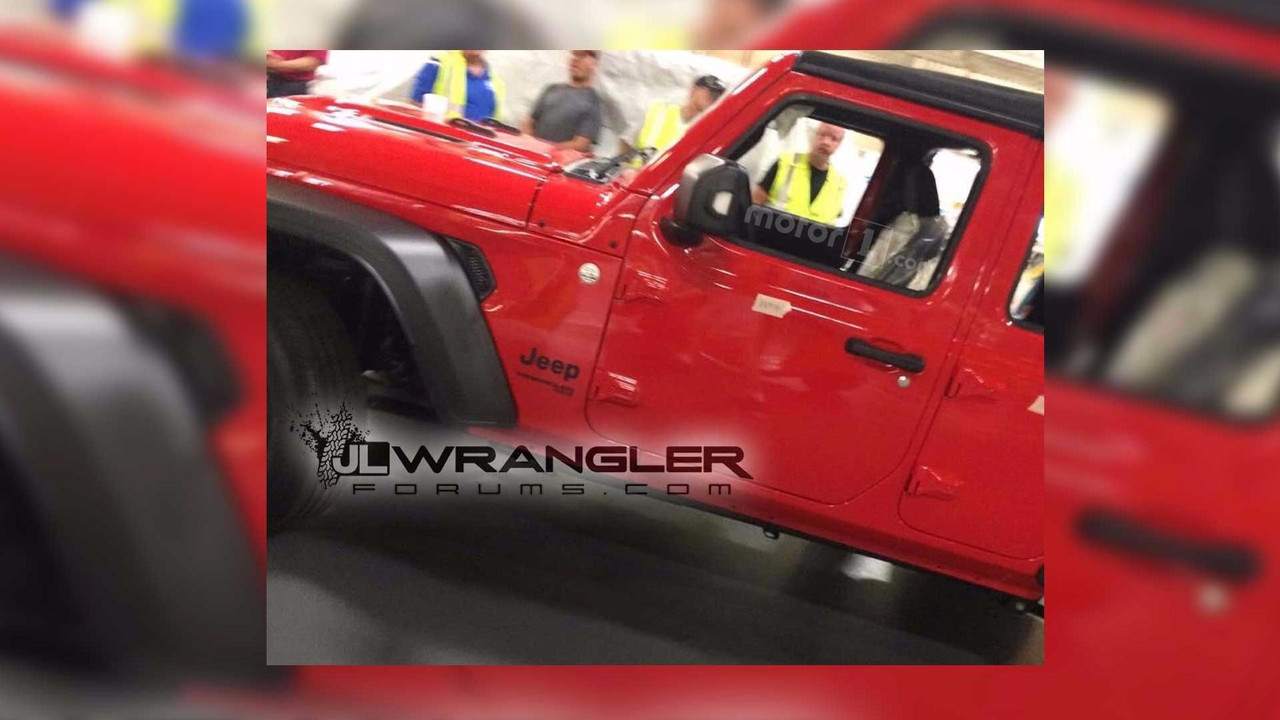2018 Jeep Wrangler Spy Photo Uncovered