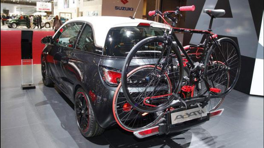 Al Salone di Parigi Opel dedica un intero stand alla Adam