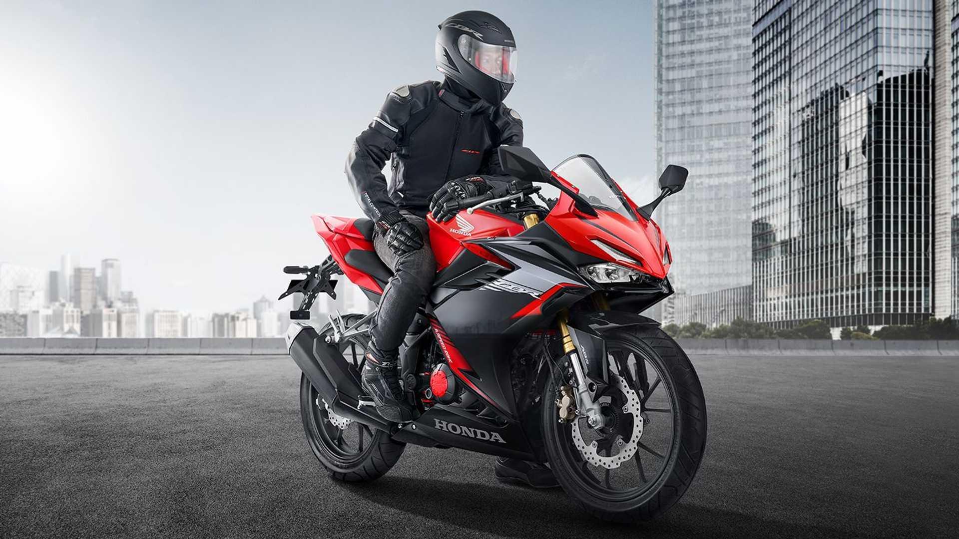 Motor1 Indonesia 22 Januari 2021 - cover