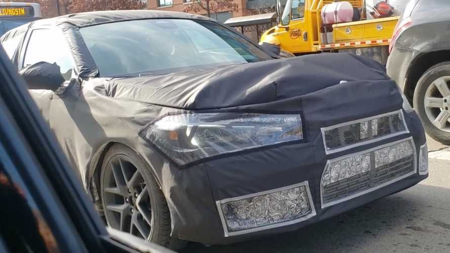 2022 Honda Civic hatchback spied wearing oversized camouflage