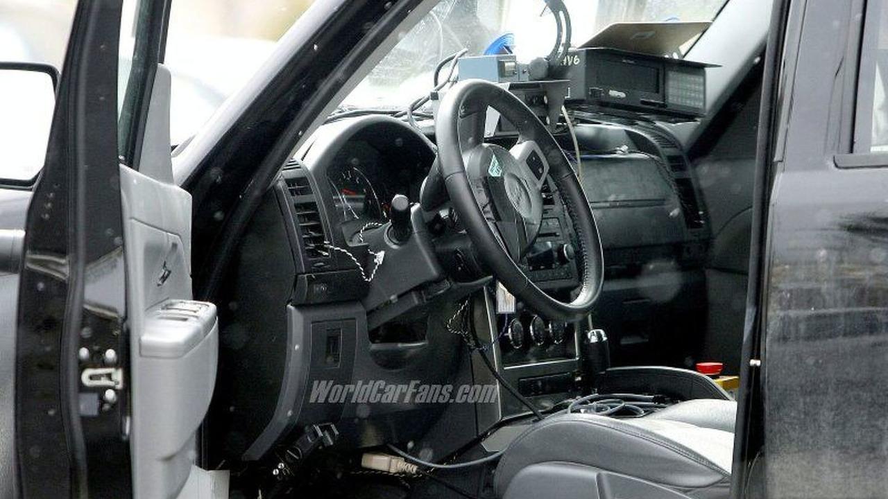 SPY PHOTOS: All-New Jeep Cherokee