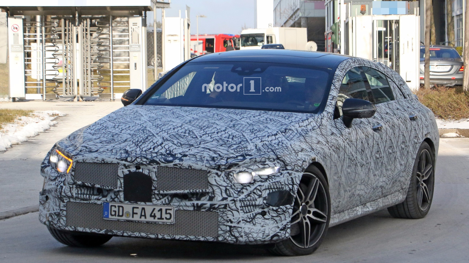 Revamped Mercedes Cls Spotted Up Close