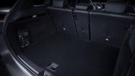 2019 Mercedes B-Serisi'nin yeni teaser'ı bagajını gösteriyor