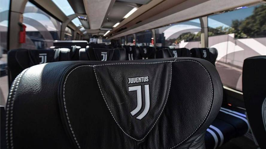 Autobús de la Juventus by Garage Italia Customs