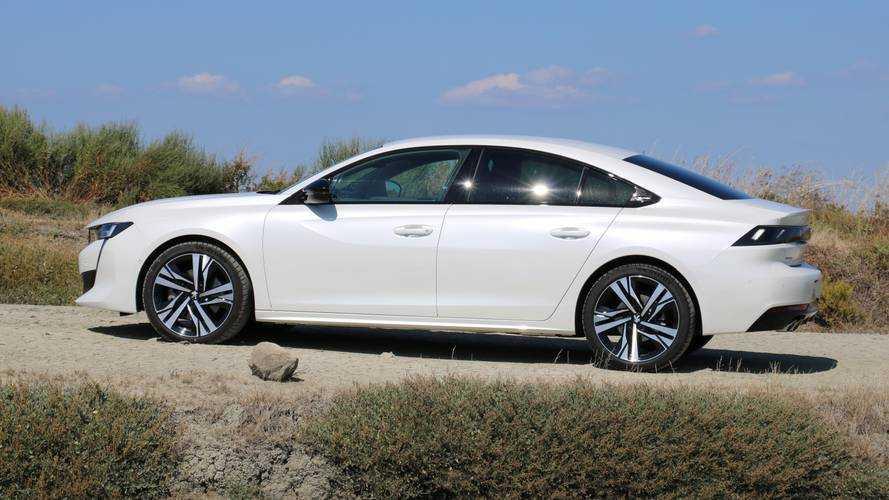 Peugeot continue de défendre le diesel