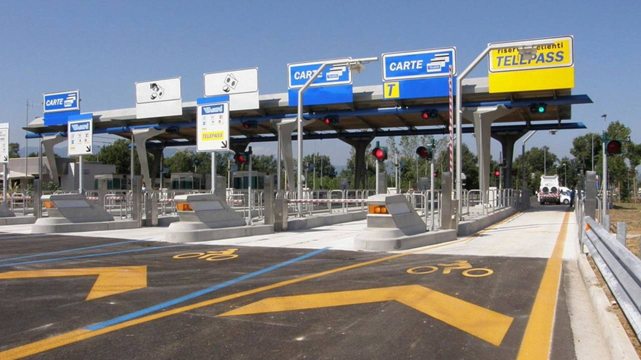 Pedaggio autostradale, cosa succede in caso di mancato pagamento