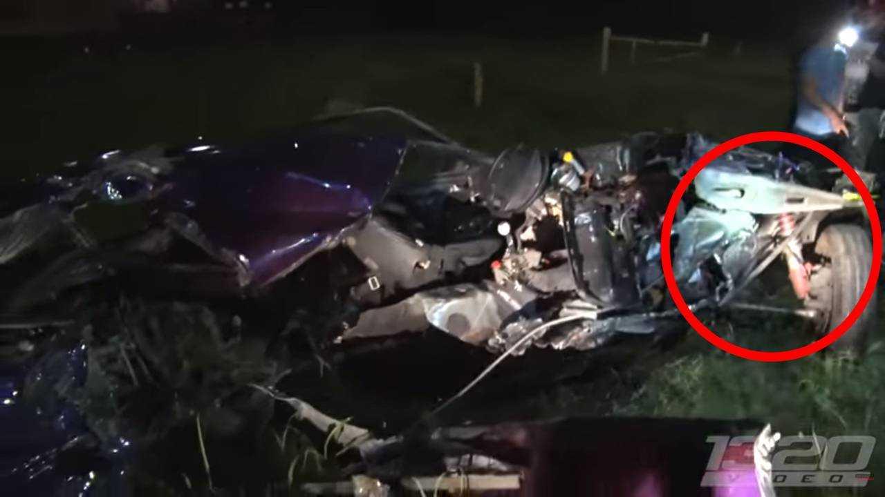 Ford Mustang Street Race Crash