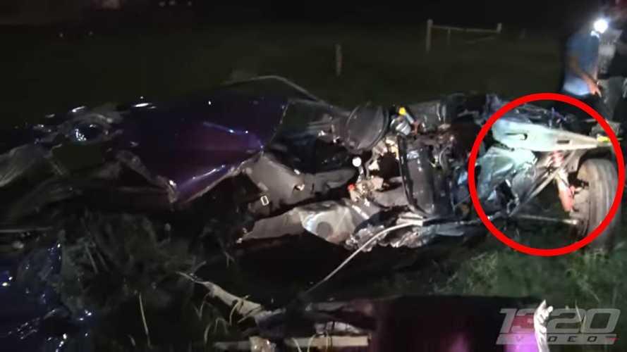Tilki Kasa Mustang'in Feci Sokak Yarışı Kazası
