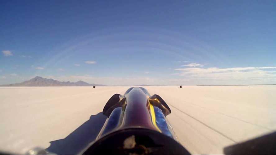 Gücü tekerleklere iletilen en hızlı araç 810 km/s hıza ulaştı!