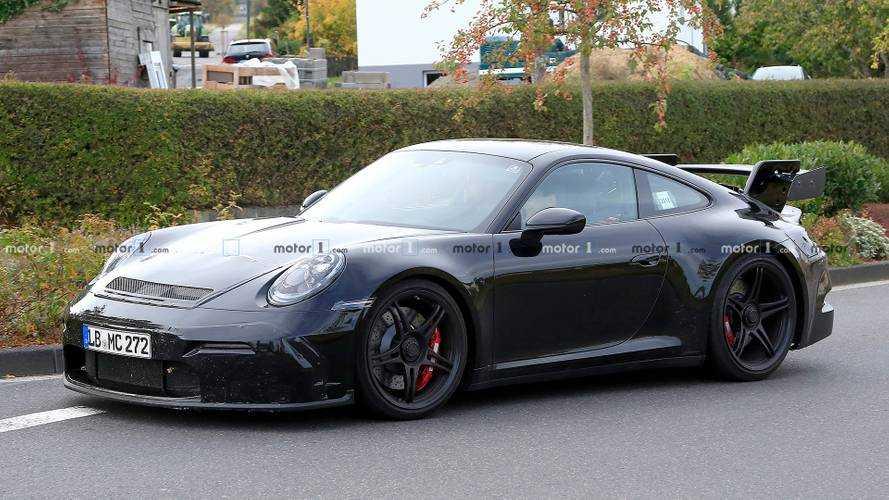 2019 Porsche 911 GT3, yine büyük rüzgarlığıyla görüntülendi