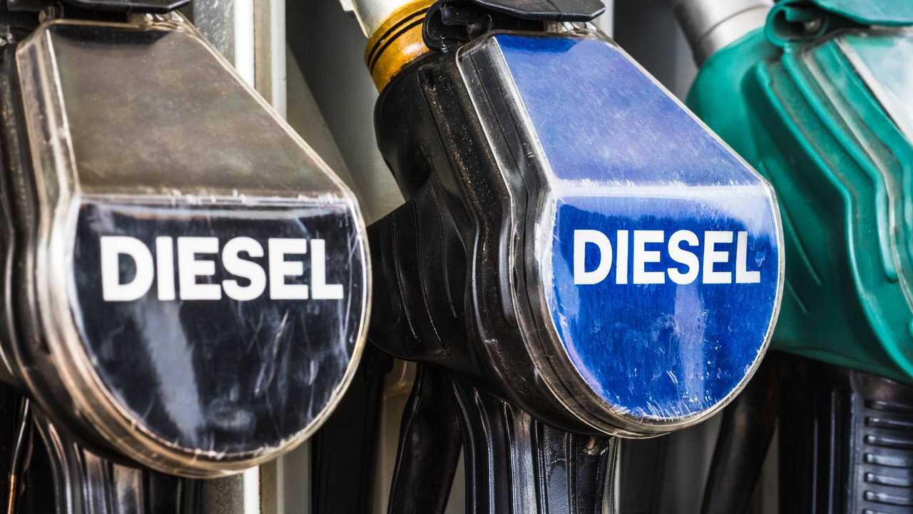 Diesel fuel pump pistols