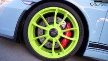 Porsche 911 GT3 with different colour wheels