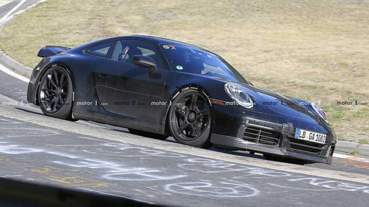 2020 Porsche 911 GT3 yeni casus fotoğraflar