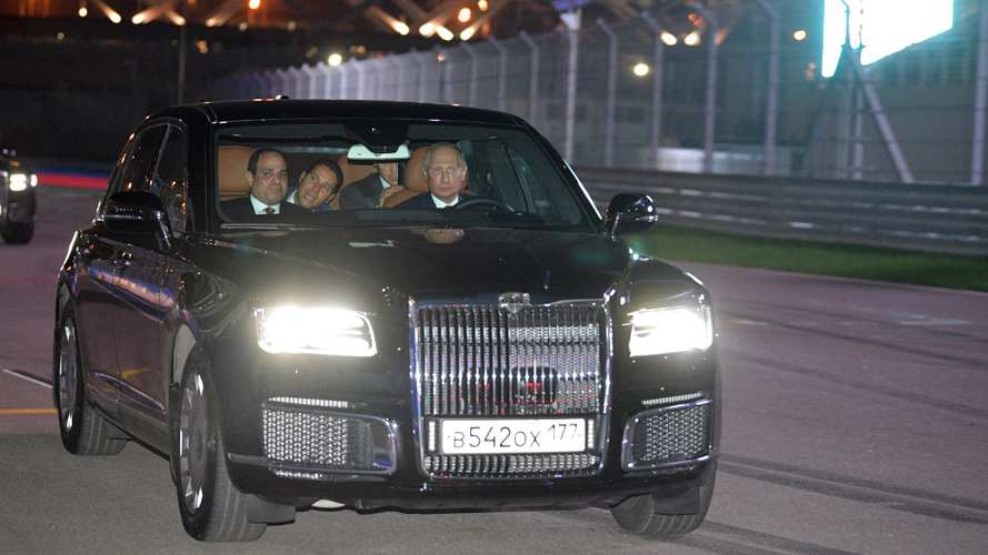 Putin Plays Chauffeur For Egyptian President El-Sisi In Aurus Senat