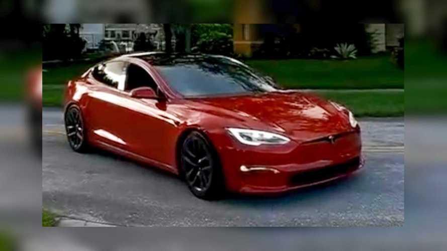 Tesla Model S Plaid macht Hellcat-Sound, klingt absurd